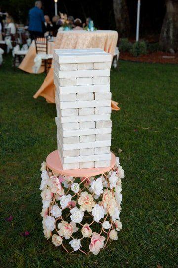zabawy weselne w plenerze jenga