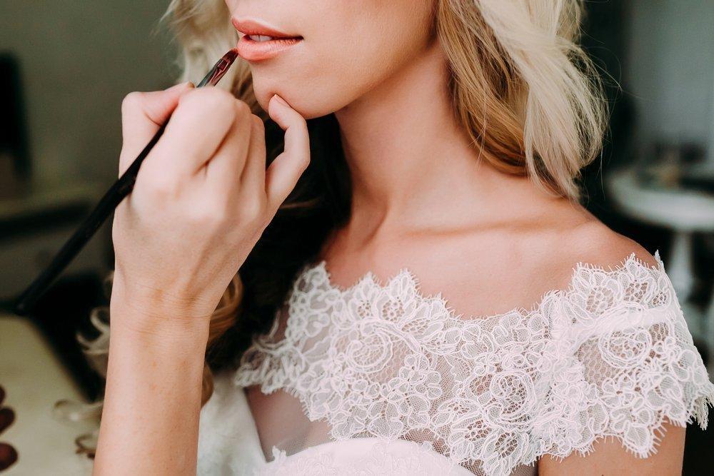Ślubny makijaż ust - wszystko, co powinnaś o nim wiedzieć! - zdjęcie 3