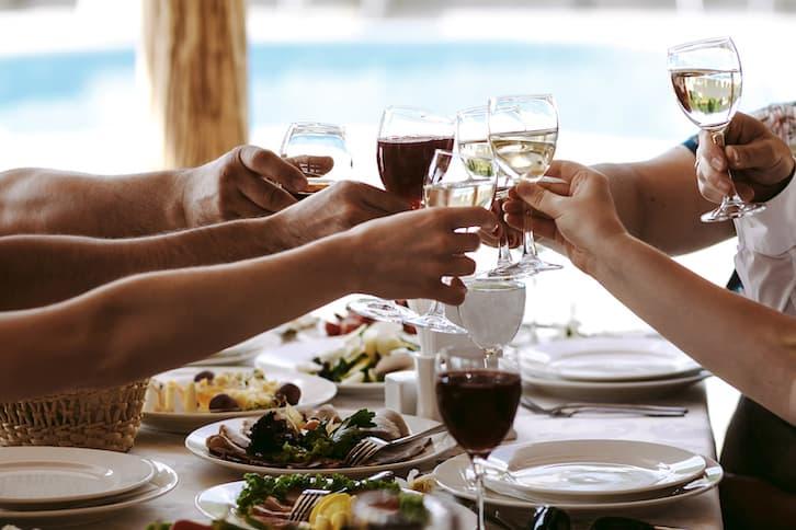 alkohol na wesele wino na wesele