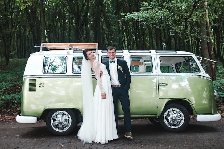 zabytkowe auto do ślubu prl