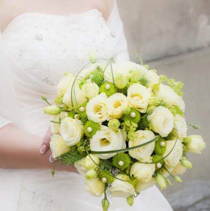 bukiet ślubny w stylu glamour z perełkami