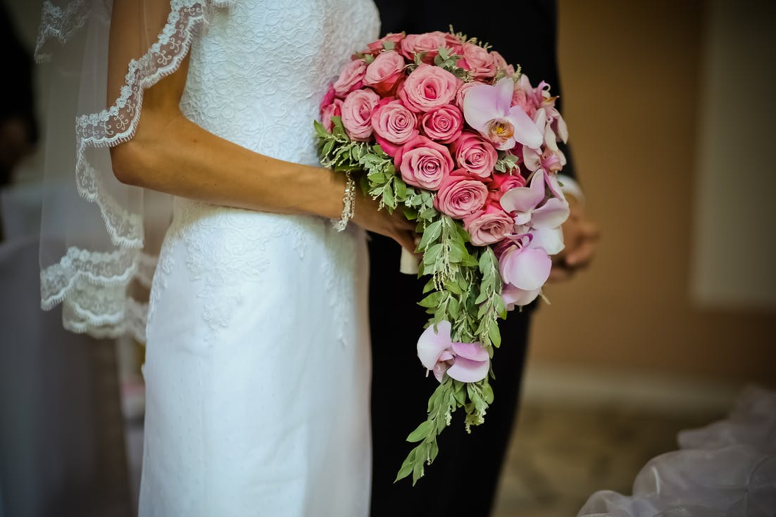 bukiet ślubny wiszący
