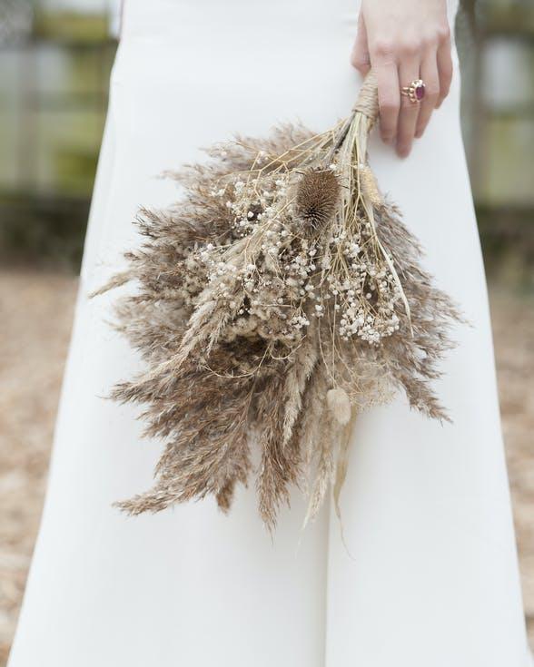 bukiet ślubny z suszu