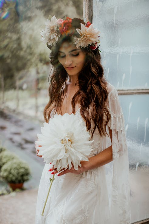 fryzury weselne rozpuszczone