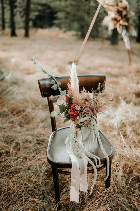 wiązanka ślubna z wstążką