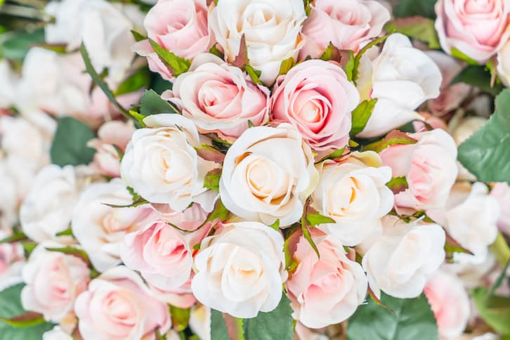 zaproszenia ślubne tekst bukiet kwiatów