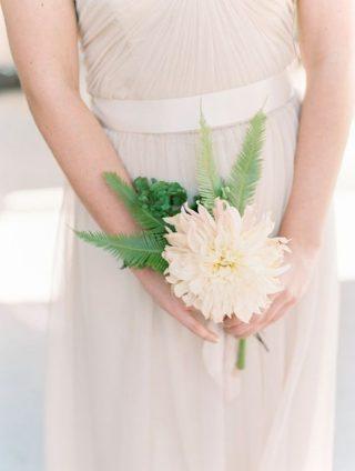 Jeden kwiat ślubny
