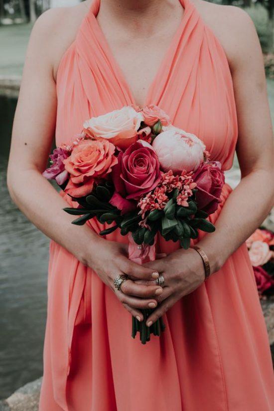 Ślub w kolorze koralowym
