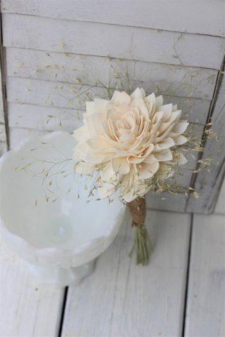 Jeden kwiat na bukiet ślubny