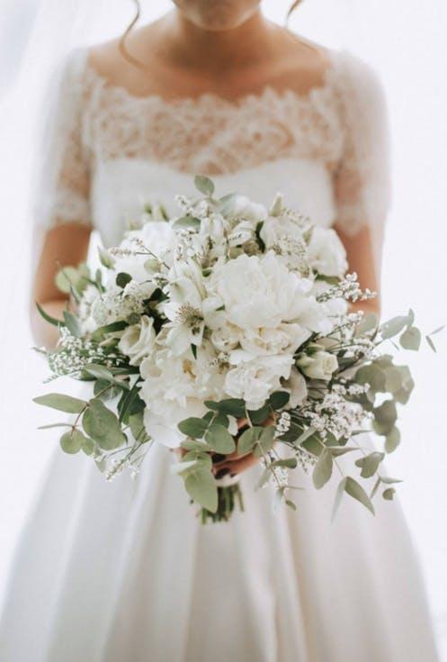 Białe bukiety ślubne 2019