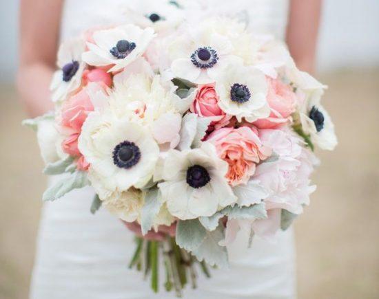 Bukiety ślubne z anemonami - zdjęcie 17