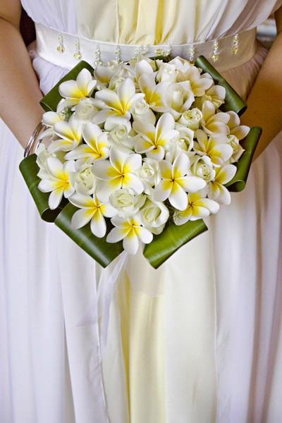Bukiety ślubne z plumerii
