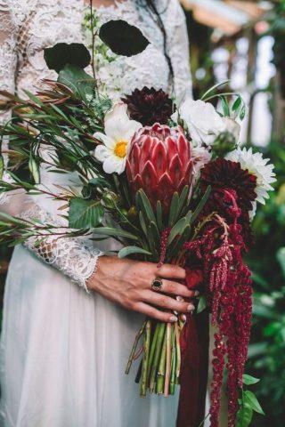 Bukiety ślubne w stylu rustykalnym - zdjęcie 10