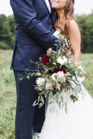 Bukiety ślubne w stylu rustykalnym - zdjęcie 12