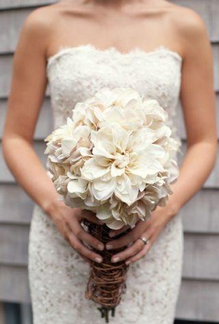 Bukiety ślubne w stylu rustykalnym - zdjęcie 2