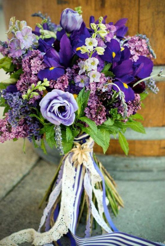 Bukiety ślubne z irysami - zdjęcie 2