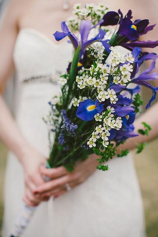 Bukiety ślubne z irysami - zdjęcie 4