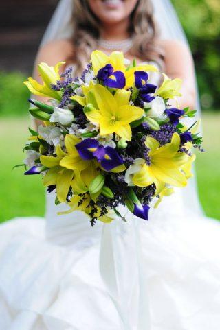 Bukiety ślubne z irysami - zdjęcie 5