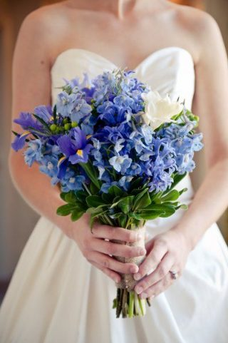 Bukiety ślubne z irysami - zdjęcie 6