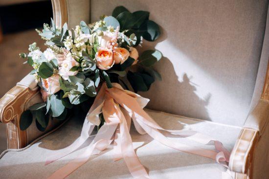 Bukiety ślubne z wstążką - zdjęcie 16