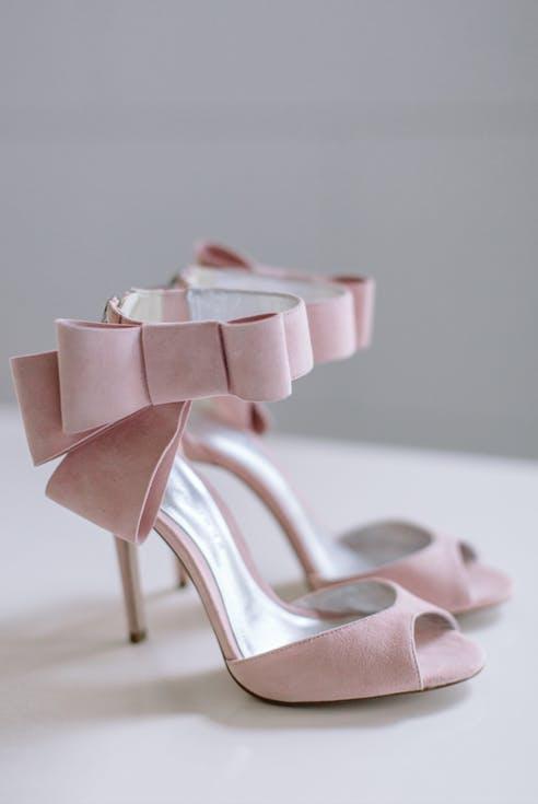 Buty ślubne z kokardą