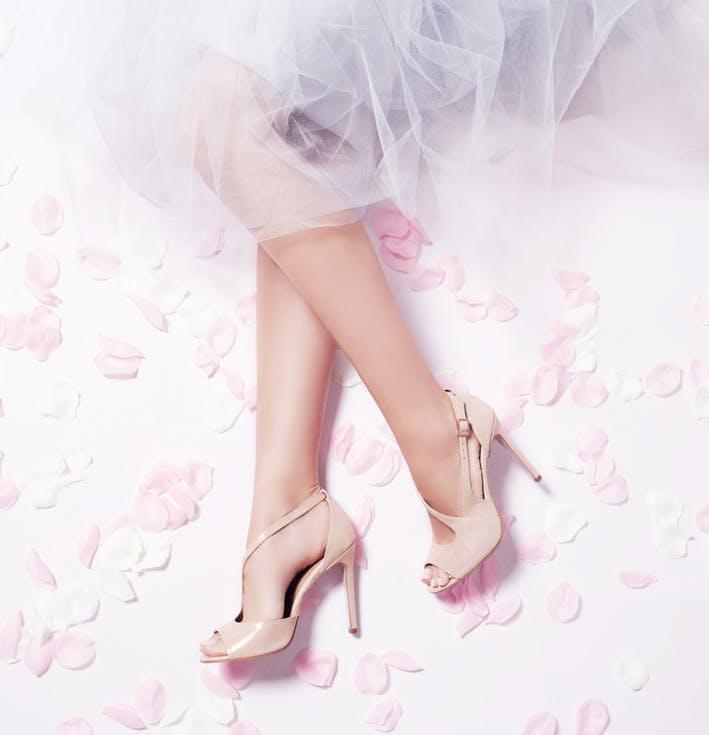 Buty ślubne z lakierowanej skóry