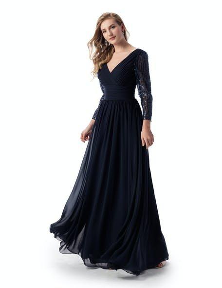 czarna suknia maxi na ślub