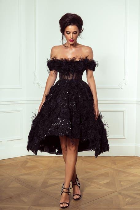 черное свадебное платье 2019 - с перьями