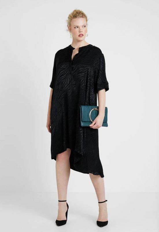 czarna sukienka na wesele plus size midi
