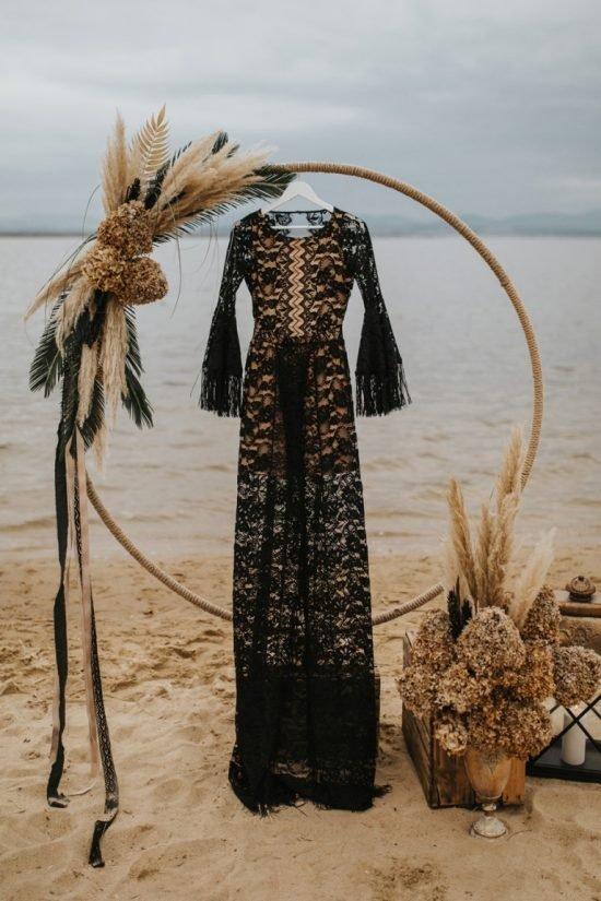Czarna suknia ślubna Suknie Boho