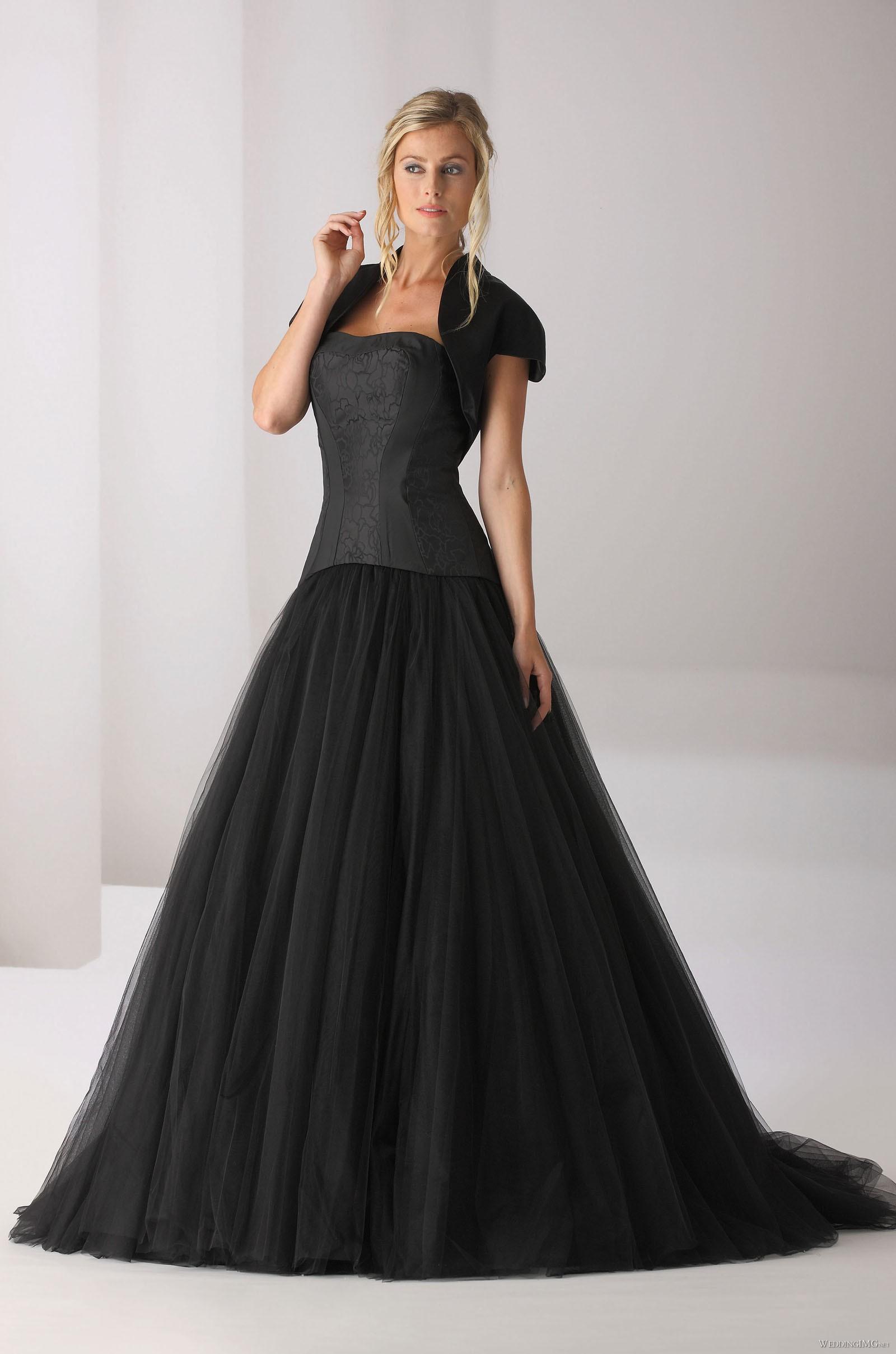 a097c1db96 Czarna suknia ślubna Affinity Bridal - Wedding.pl