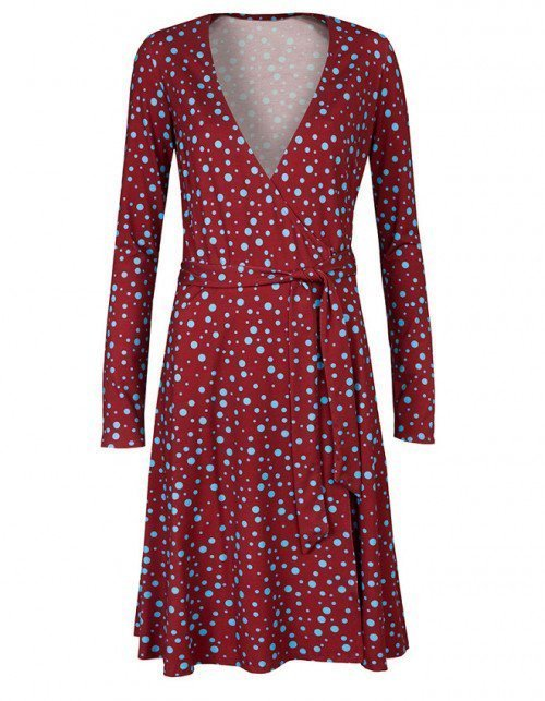 Czerwona sukienka na wesele w grochy