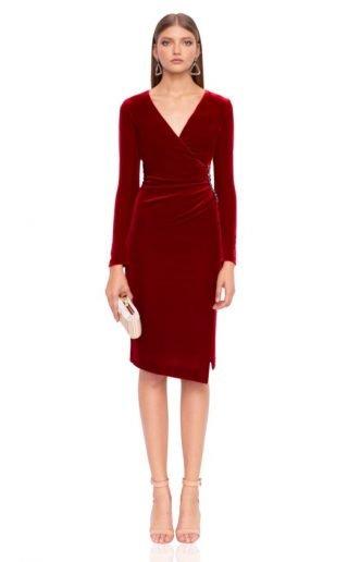 Czerwona sukienka na wesele z aksamitu