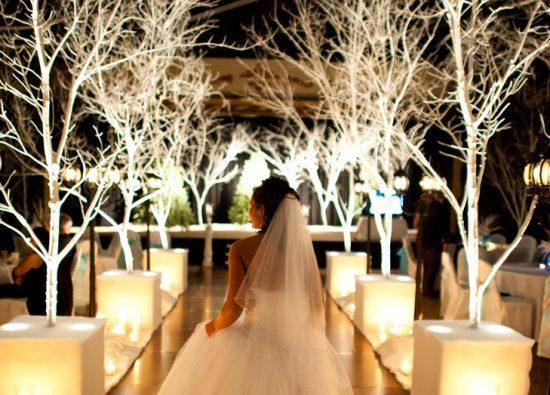 Dekoracja kościoła na ślub zimą - zdjęcia 18