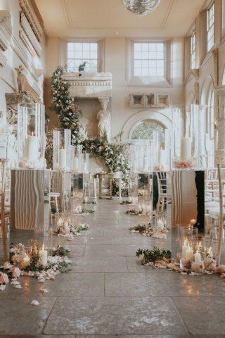 Dekoracja kościoła na ślub zimą - zdjęcia 3