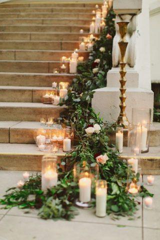 Dekoracja kościoła na ślub zimą - zdjęcia 8