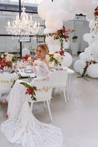 Balonowe dekoracje - sala weselna