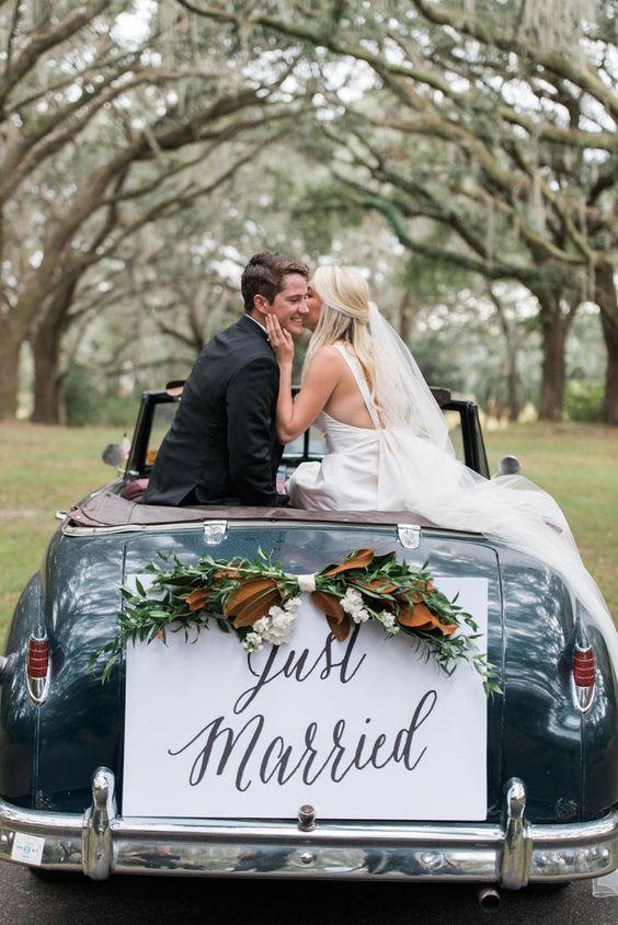 Samochód do ślubu - dekoracje