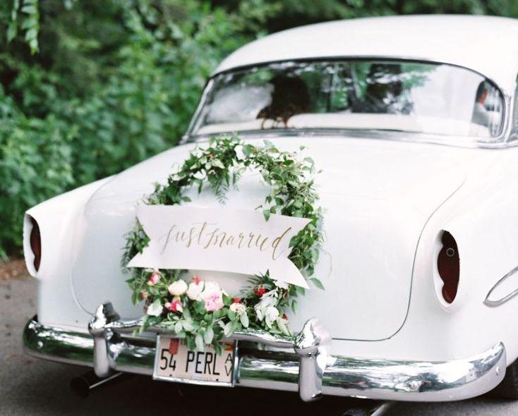 Tylko na zewnątrz Dekoracje samochodu do ślubu - 35 pięknych inspiracji - Wedding.pl LX41