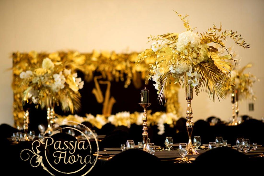 Czarne dekoracje ślubne