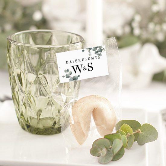Dekoracje weselne z eukaliptusem - szklanki