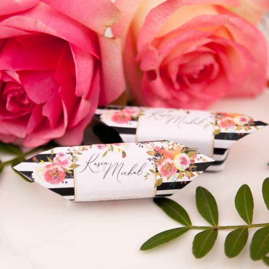 Nowoczesne dekoracje weselne - upominki dla gości