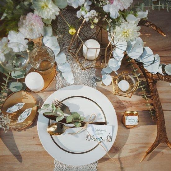 Dekoracje weselne w stylu boho - stół