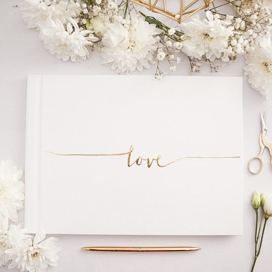 Dekoracje weselne w bieli i złocie - księga gości