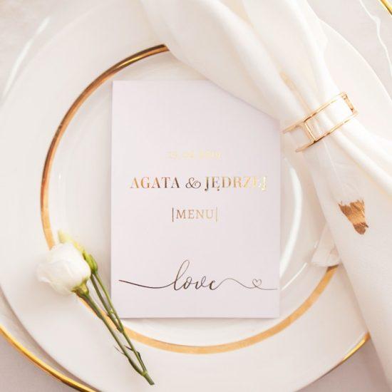 Dekoracje weselne w bieli i złocie - menu