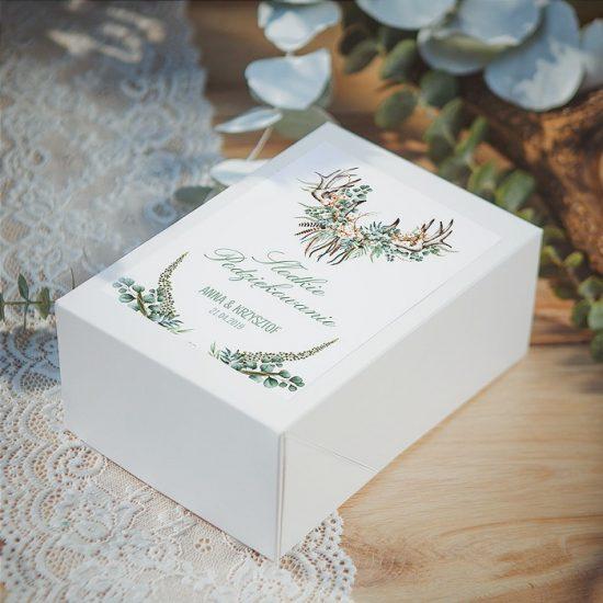 Dekoracje weselne w stylu boho - pudełko na upominki