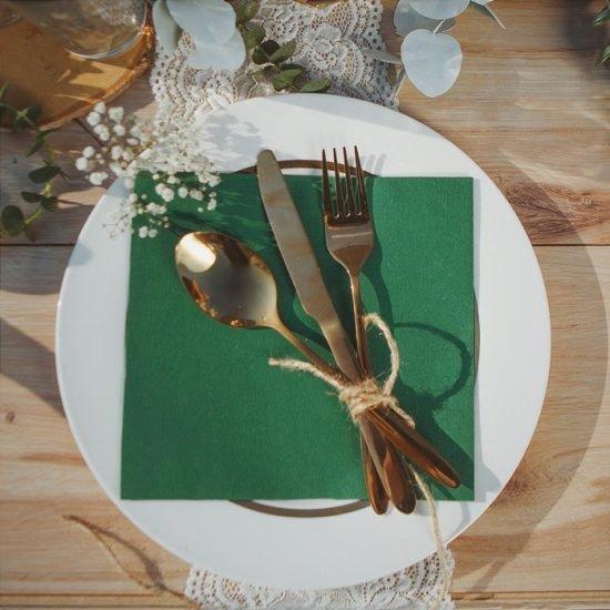 Dekoracje weselne w stylu boho - nakrycie stołu