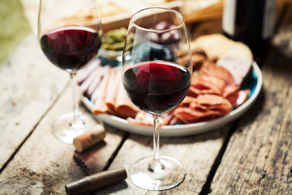 Dietetyczne wskazówki przed ślubem - alkohol