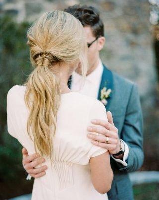 Fryzury na wesele z kucykiem - zdjęcie 13