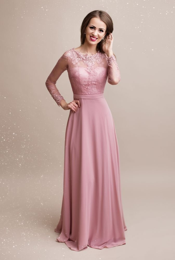 różowa sukienka maxi z długim rękawem